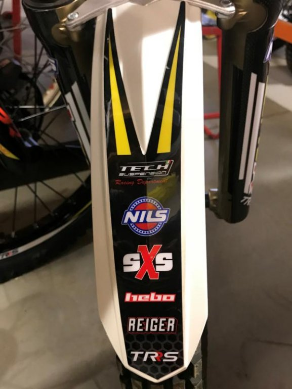 TRS/SXS FRONT MUDGUARD STICKERREAR END image